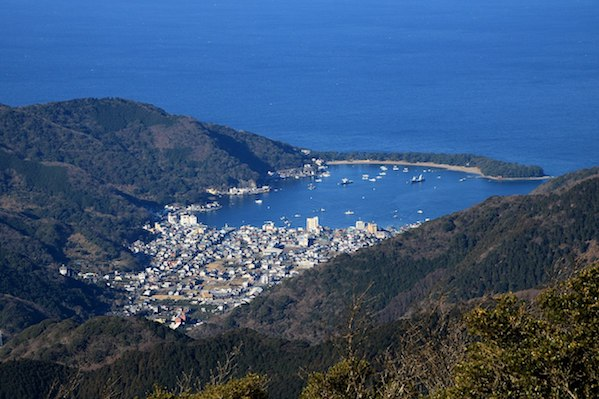 1200px-Cape_Mihama_and_Port_of_Heda